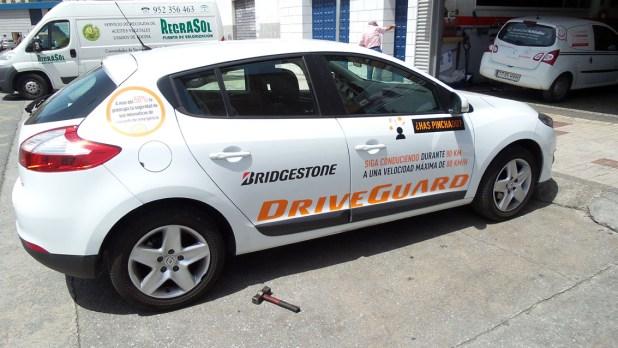 Neumático DriveGuard pinchado