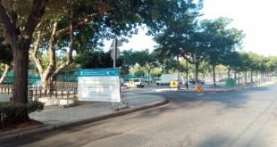 Las obras en la zona de aparcamientos en La Roca colapsan la barriada