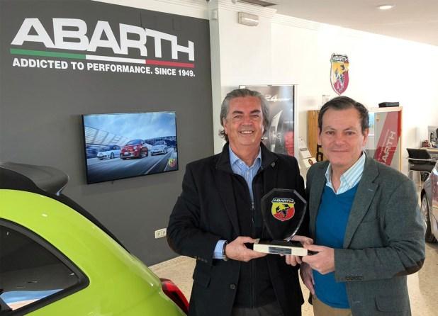 Jaime Wallace, asesor de ventas Abarth Torino Motor en Marbella.