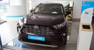Toyota Cumaca Motor recibe las primeras unidades del nuevo RAV4 hybrid