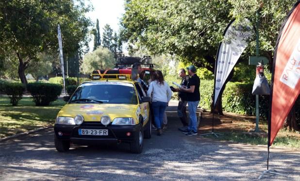 Verificaciones técnicas en el Rally Clásicos del Atlas Solidario.