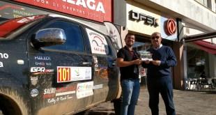 Salvador Rubén Serrano se presenta como vencedor del Campeonato de España de Rallyes Todo Terreno en DFSK Málaga