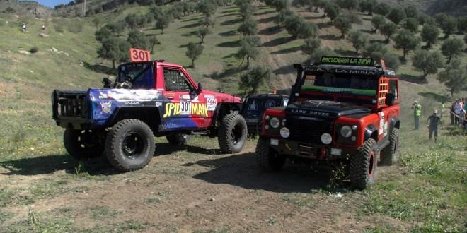 Equipos esperan para tomar la salida en la prueba disputada en Pizarra el año pasado.