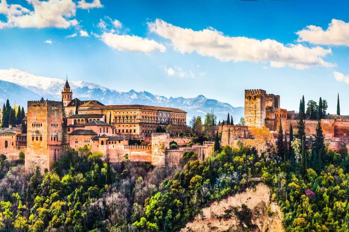 "★Granada★ ""The Moorish Jewel"""