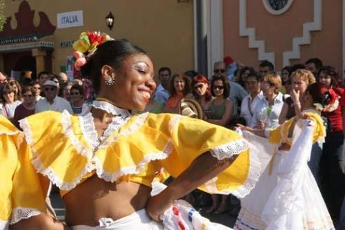 peoples fair in fuengirola