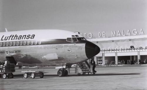 foto histórica de avión de Lufthansa