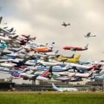Imagen cómica del tráfico esperado en el aeropuerto de Málaga