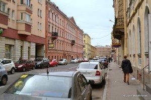 Raskolnikoff's walk to kill the old lady moneylender: right in to today's Rimsky Korsakoff street