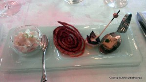 Small cold amuse-bouche to start with chosen by the chef,