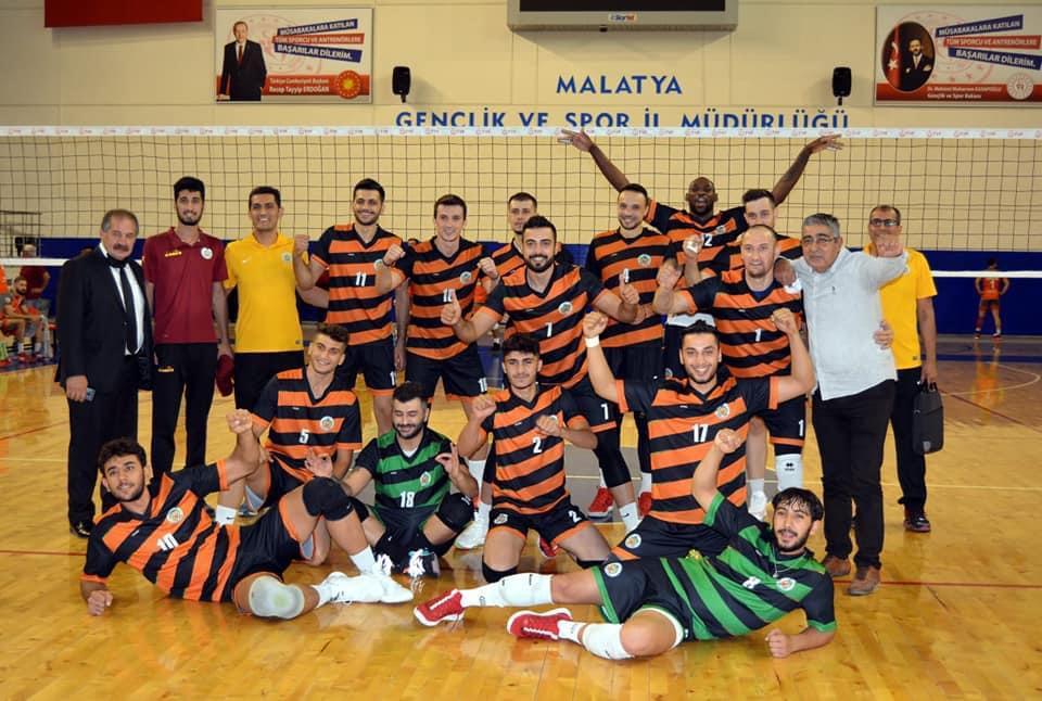 Malatya Büyükşehir Belediyespor Set Vermeden Kazandı