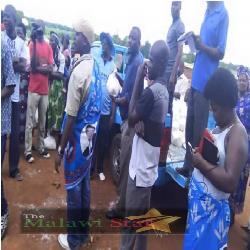 DPP members receiving wokomani