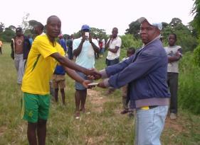 Chiradzulu Eagles Captain receiving the Award