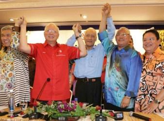 umno pic of Najib and Mike Tyson2
