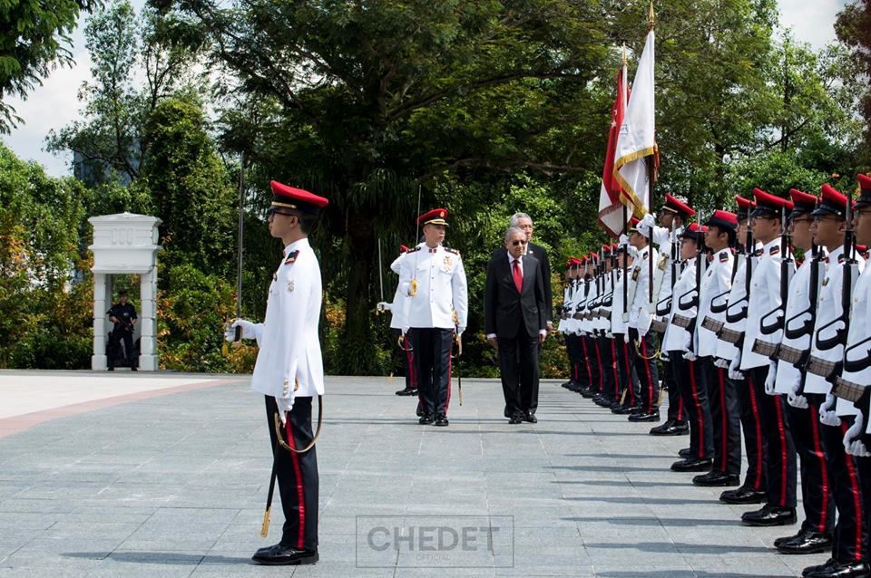 dr m in singapore