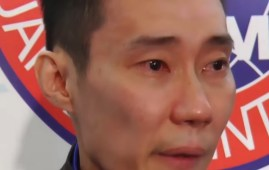Former world number one badminton player Datuk Lee Chong Wei 36 who announced his retirement with tears today