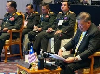 mohamad sabu malaysia defence minister