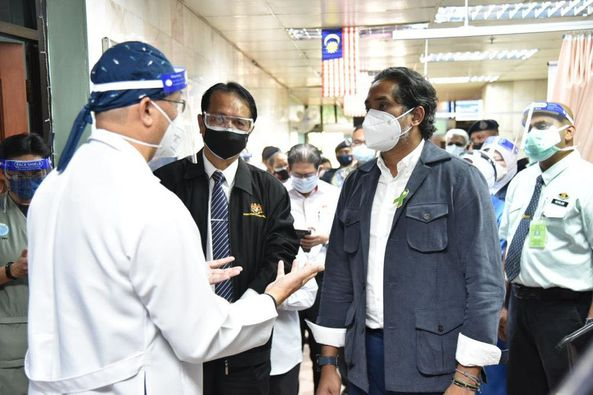 Khairy visits to HKL