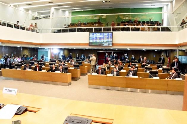 AL-MA aprova projeto de lei que reduz imposto para grandes empresários