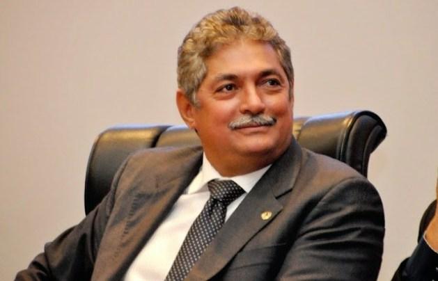 Deputado Carlinhos Florêncio.