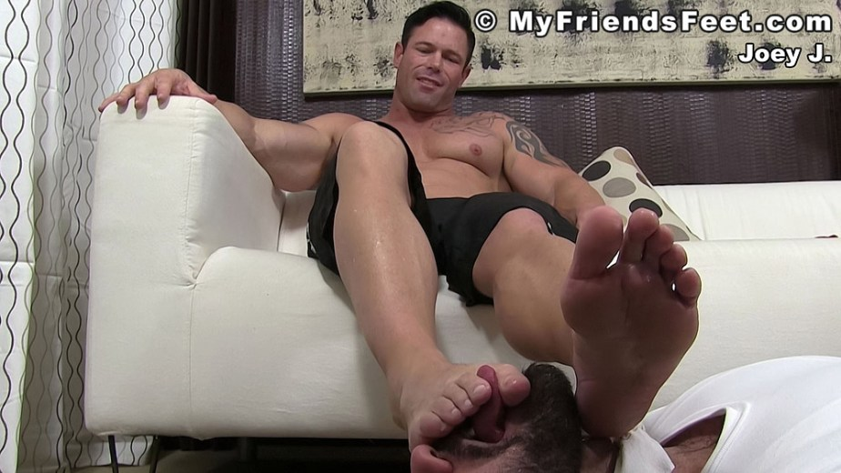 Ricky slides his tongue between Joey J's sweaty toes - My Friends' Feet
