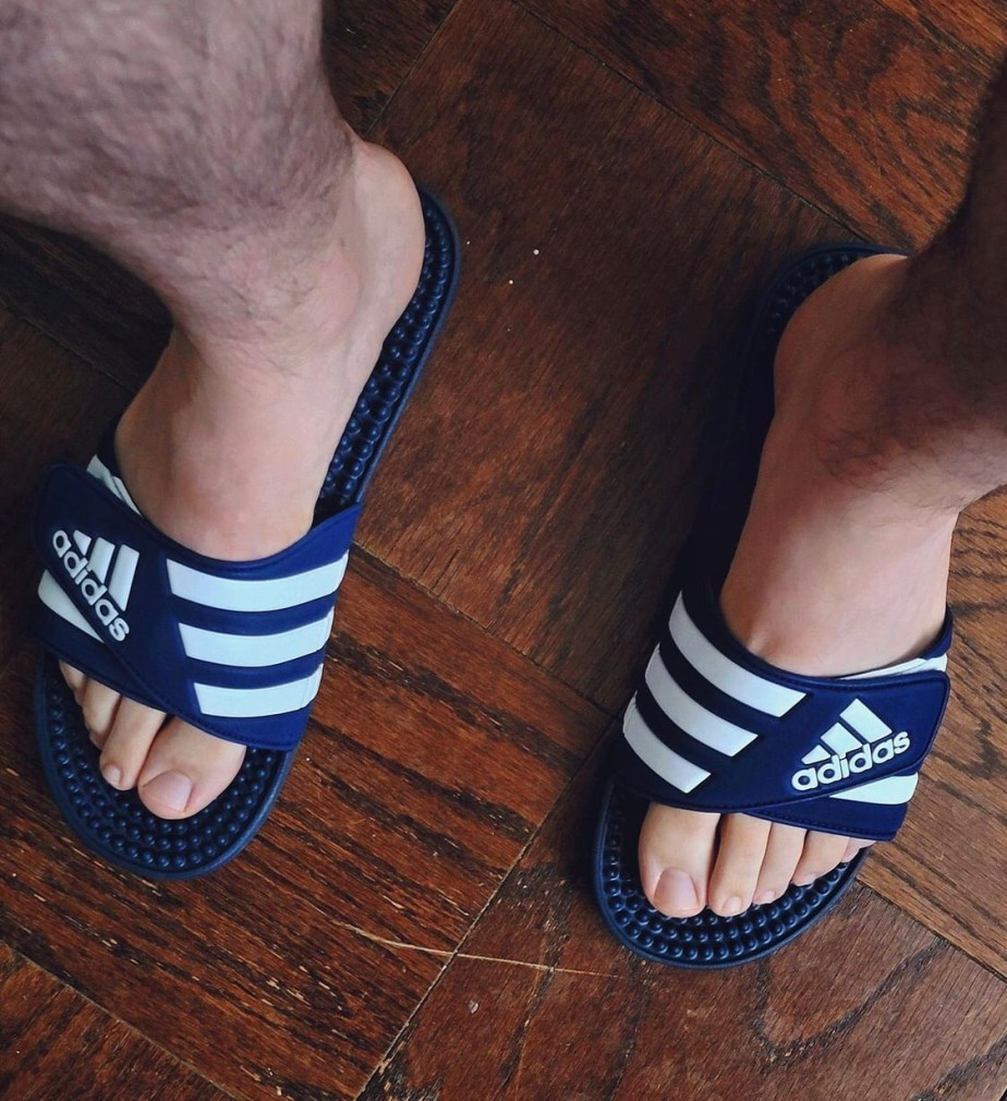 Chilldude1818 barefoot in Adidas slides