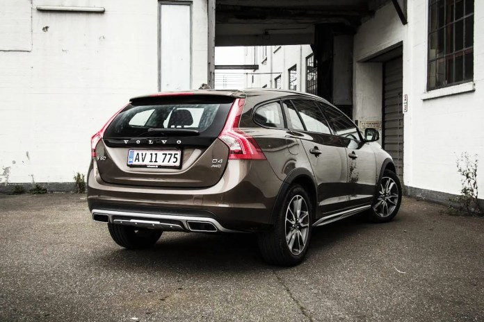 Volvo_v60_cross_country_02