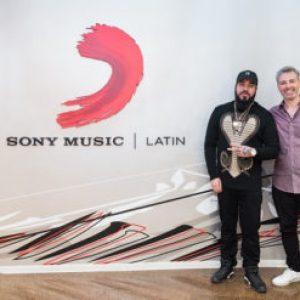 "SpiffTV firma con Sony Music Latin para el lanzamiento de ""The Union"" 370x247 - Picardias Romy Prod. Moontiel (Nani Music)"