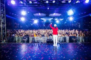 Ozuna hace historia colocando 6 canciones en el Top 40 de Billboard Hot Latin Songs 300x200 - Nicky Jam estrena el Remix de hasta el amanecer junto a Daddy Yankee
