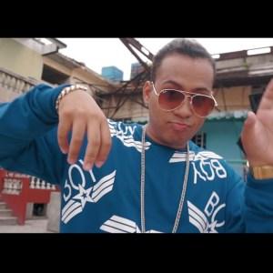 s8ljo4vxhea 300x169 - Enzo La Melodia Secreta – Mojadito (Video Official)