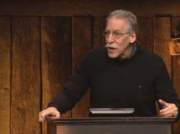 """Teólogo: """"Crisis moral de la sociedad es resultado de la apatía de la iglesia"""""""