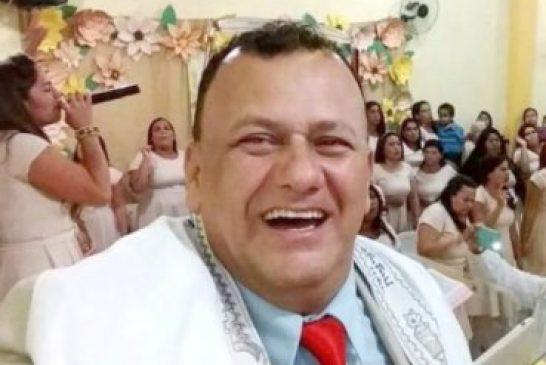 Pastor muere en el púlpito mientras predicaba