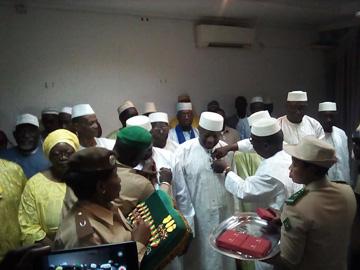 Ministère de l'Agriculture : Le PDG de l'ATI, Dr. Lamissa Diakité décoré ''Chevalier de l'ordre national''