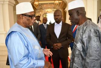 IBK, heureux de recevoir les ex-otages au Palais Présidentiel de Koulouba