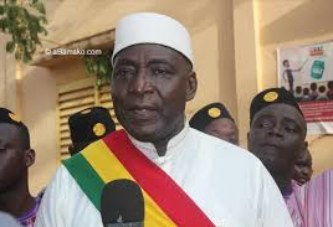 Problème du projet d'aménagement du terrain de sports de Baco-Djicoroni : L'éclairage du maire Amadou Ouattara
