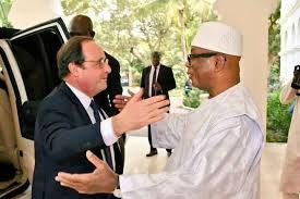 Visite privée au Mali de l'ancien président français : François Hollande encourage le sens de dialogue d'IBK pour aller à la paix