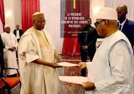 Révision constitutionnelle : IBK remet la copie aux présidents des partis politiques