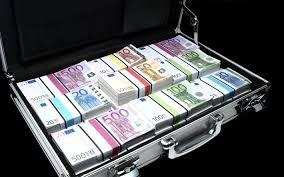 Paris : Un Malien arrêté avec une valise diplomatique contenant 23 millions d'euros