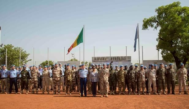 Bamako : 100 Casques bleus décorés de la médaille des Nations Unies