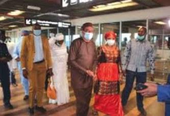 PREVENTION DU CORONAVIRUS : Michel Hamala Sidibé visite le cordon sanitaire de l'aéroport de Bamako
