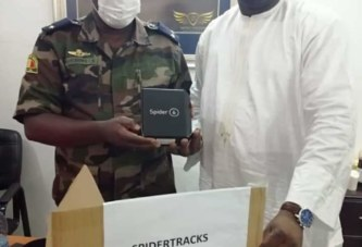 Soutien aux FAMAS : Un lot important de ''spidertrack'' offert par Ibrahima Diawara, PDG de IBI Groupe