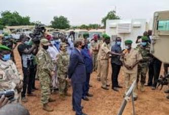Ambassade des Etats-Unis au Mali : Un important lot d'équipements offert aux Forces Armées