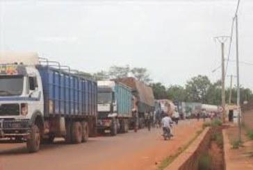 Transports : Les transporteurs en grève contre l'application du paiement par passage au péage