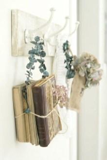 dekoracija knjige