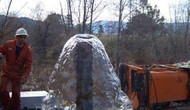 Kedalaman Sumur Bor Yang Ideal Airnya Bersih Keluar Sendiri