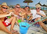 Neun deutsche Fußballfans auf Mallorca festgenommen