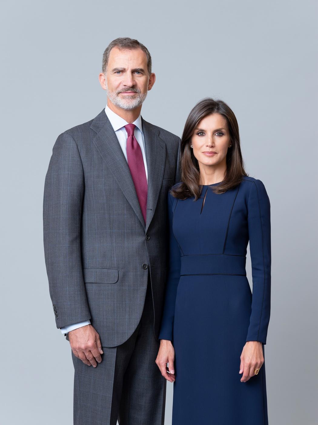 © Casa de S.M. el Rey Fotografía oficial de Sus Majestades los Reyes Don Felipe y Doña Letizia (Estela de Castro)