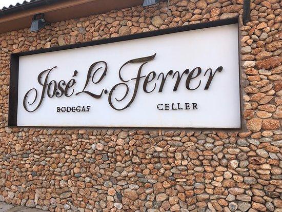 Bodegas Jose L. Ferrer