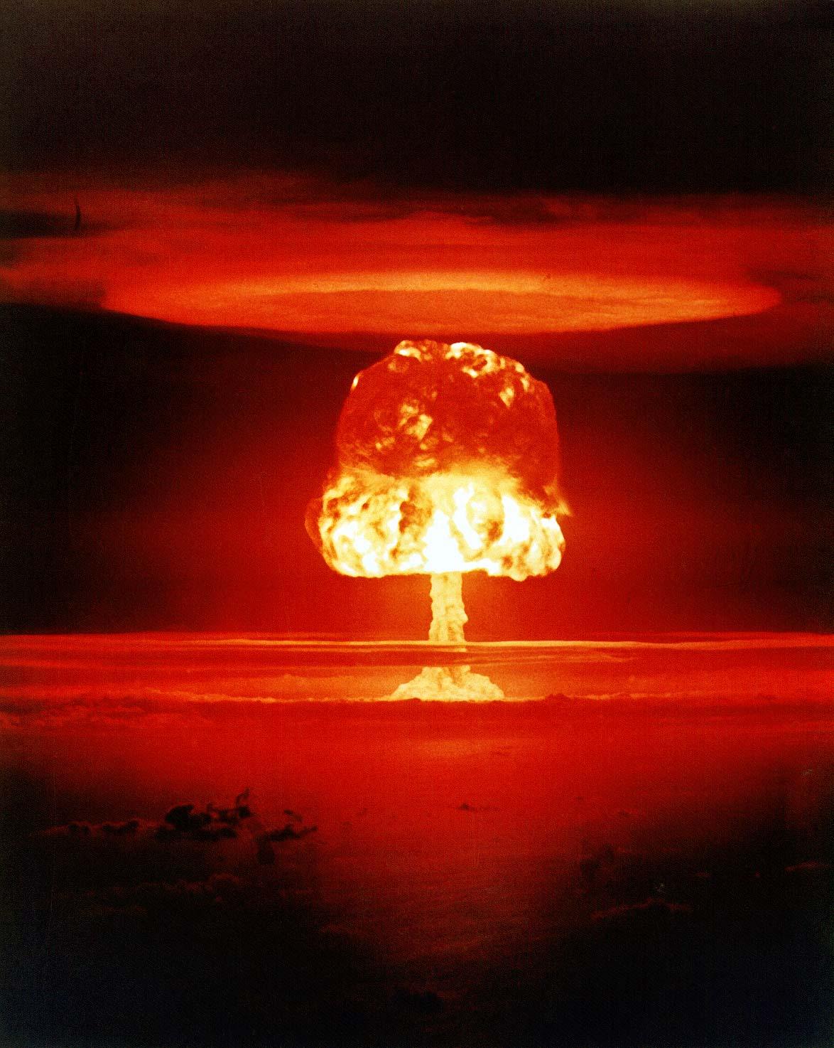 Atombombentest Romeo (Sprengkraft 11 Mt)