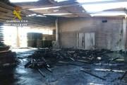 Guardia Civil verhaftet 2 junge Männer wegen Brandstiftung und Raubüberfall