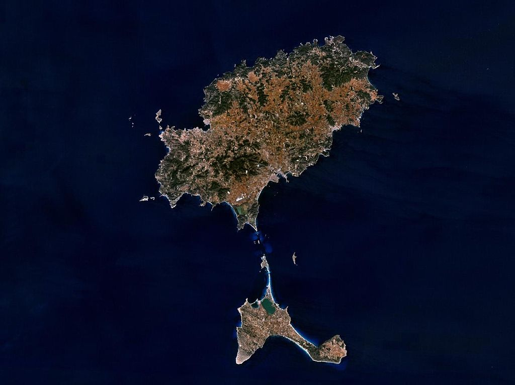 Satellitenbild von Ibiza und Formentera